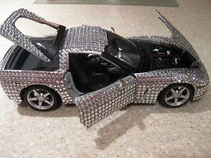2005 CHEVROLET CORVETTE DIE CAST 118 MAISTO SILVER BLING ICE CRYSTALS
