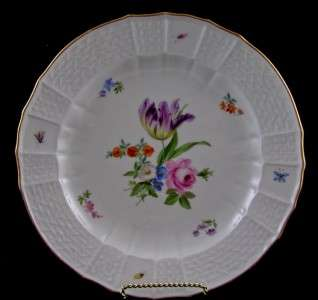 ANTIQUE ROYAL MEISSEN GERMAN PORCELAIN FLORAL PLATE & INSECTS CA. 1890