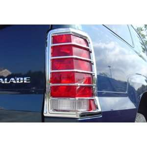 CADILLAC ESCALADE SUV 02 06 Chrome Tail Light Covers