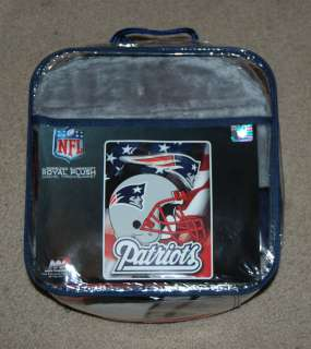 NEW ENGLAND PATRIOTS NFL FOOTBALL PLUSH RASCHEL BLANKET