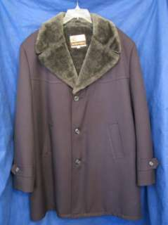 Vtg MENS TOP COAT w/Faux Fur LINER & COLLAR Nice 46 R